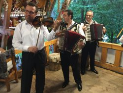 Romanian gypsy musicians 1